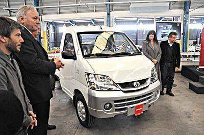 Zanella fabricará, en el Parque Industrial, el utilitario más económico del mercado