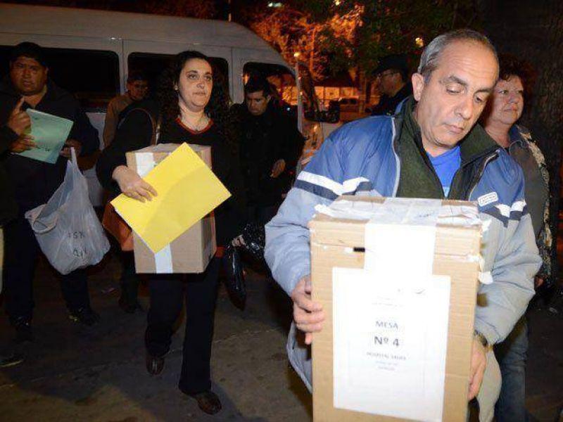 Roberto Macho se proclamó ganador de las elecciones de ATE