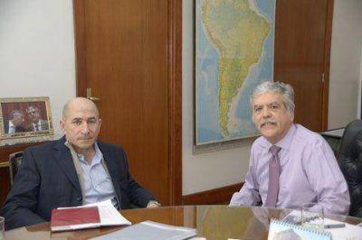 De Vido y Llugdar debatieron sobre la crisis del petróleo