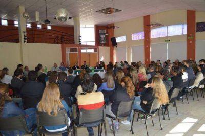 Caso realizó una reunión de campaña con vistas a octubre