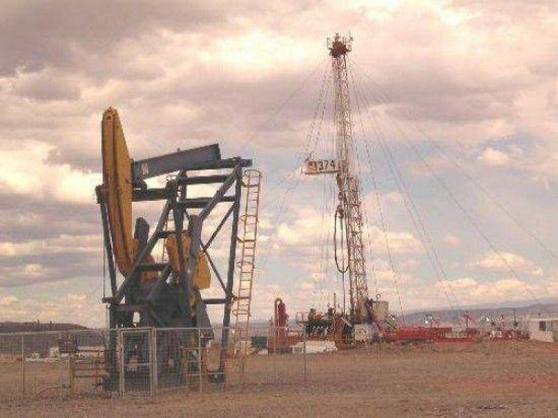 Hallan más petróleo al norte de Regina y Roca