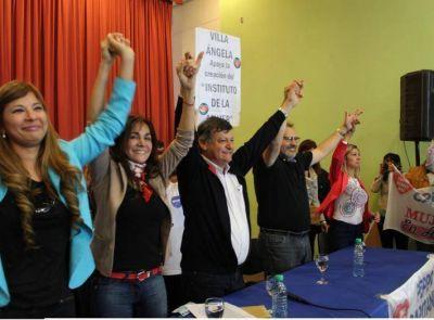 Mujeres entregaron a Peppo el anteproyecto para la creación del Instituto de Equidad de Género