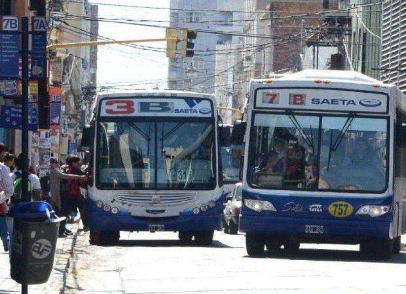 Convocan mañana a la AMT y SAETA para tratar el aumento tarifario en el boleto de ómnibus