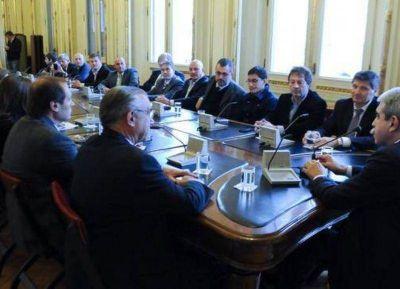 Aníbal se reunió con intendentes que apostaron por Domínguez en las PASO