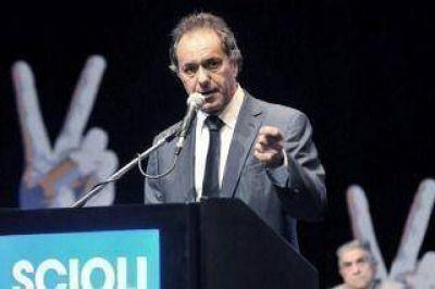 Scioli ya tiene definido más de 20 integrantes de su eventual gabinete