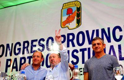 El PJ formalizó la candidatura de Ortiz