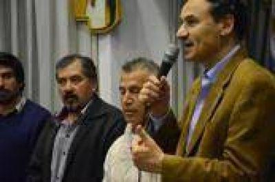 La Plata: Más apoyo a Bruera de sectores peronistas