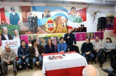 La UCR respalda formalmente la candidatura de Carlos Arroyo