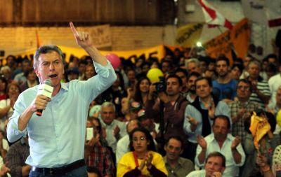 Macri promete el tren y autopistas