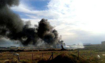 Incendio en el dep�sito de bidones vac�os de agroqu�micos en el Basurero