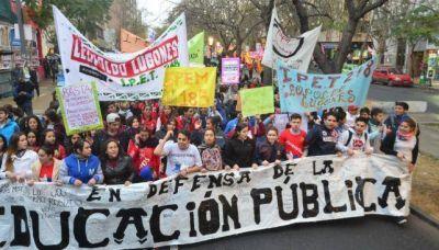 Escuelas tomadas: efecto cascada y marcha