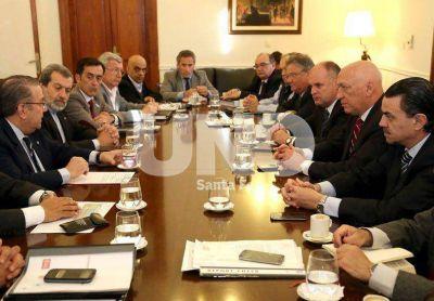 Bonfatti orden� la constituci�n del Comit� Operativo de Emergencia H�drica