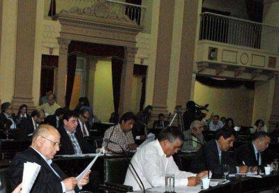La Cámara de Diputados de Salta paga casi $80 mil a un profesor particular