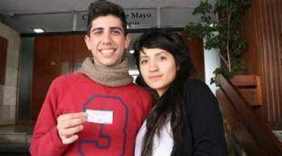 Elecciones en Córdoba: los jóvenes se quedaron durmiendo
