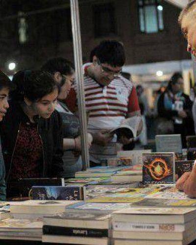 """Comenzó la Feria del Libro: """"Santa Fe, ciudad de escritores"""""""
