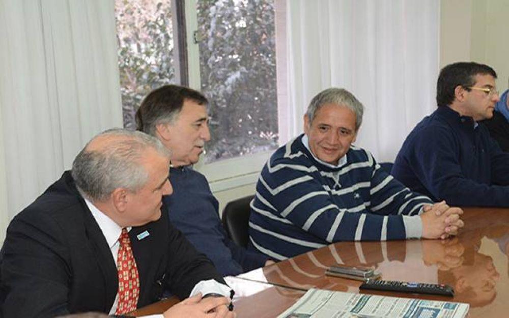 Palazzo visitó la bancaria local en el marco de los 70 años