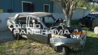 Dos muertos en choque entre un colectivo y un autom�vil en Forres