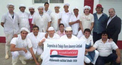 Trabajadores del Nuevo Amanecer recibieron el apoyo de dirigentes de Apyme