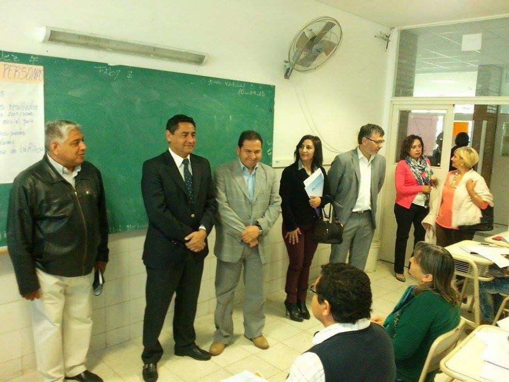 Más de 3.800 censistas iniciaron instancia de capacitación en Escuela Normal