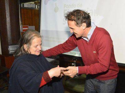 Katopodis entregó microcréditos a emprendedores de San Martín