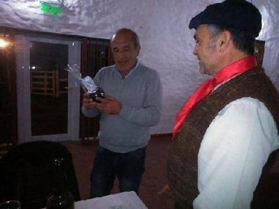 Daniel Duarte se reuni� con la comisi�n directiva del C�rculo Criollo Mart�n Fierro