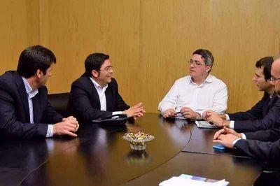 Pablo Bossio anunció un subsidio nacional de más de un millón de pesos para caminos rurales