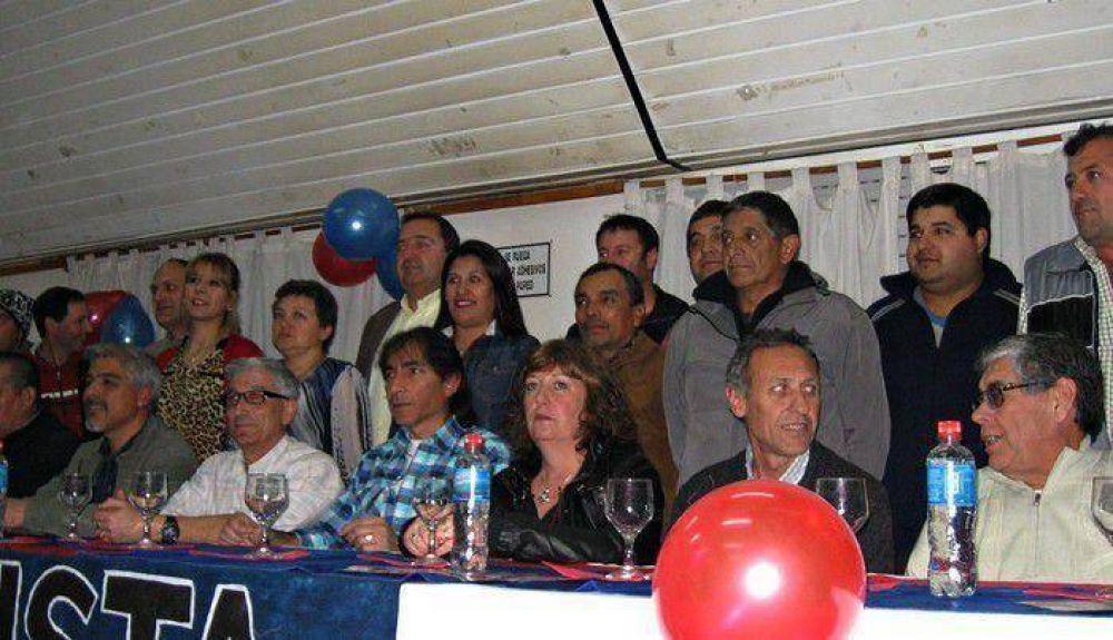 La Lista Azul y Roja de municipales presentó su propuesta