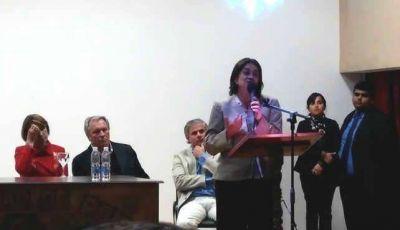 La gobernadora particip� de un nuevo aniversario de Pom�n