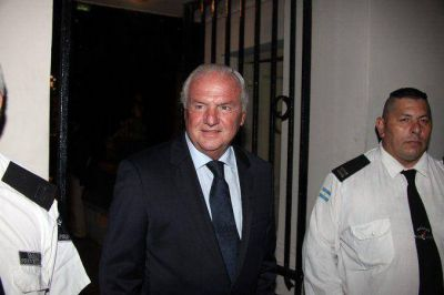 Tras el escándalo de corrupción, Niembro no será candidato del PRO