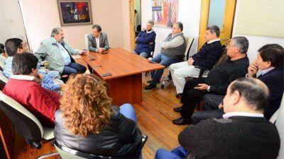 Tras pacto Varisco-Vásquez, el FpV exhibe respaldo sindical a Osuna
