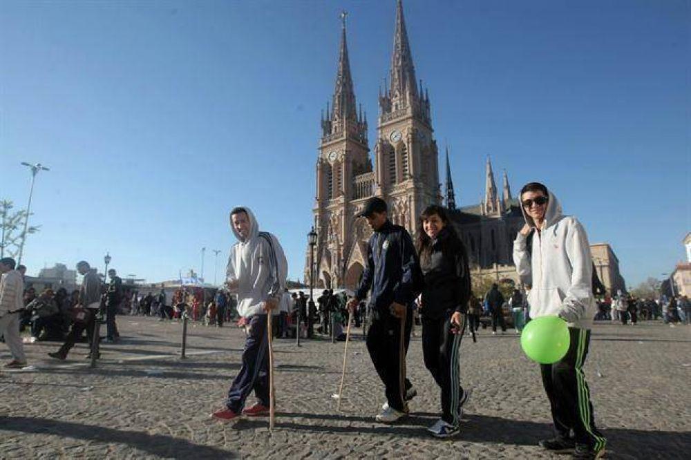 La peregrinación a Luján, con acento en la Patria