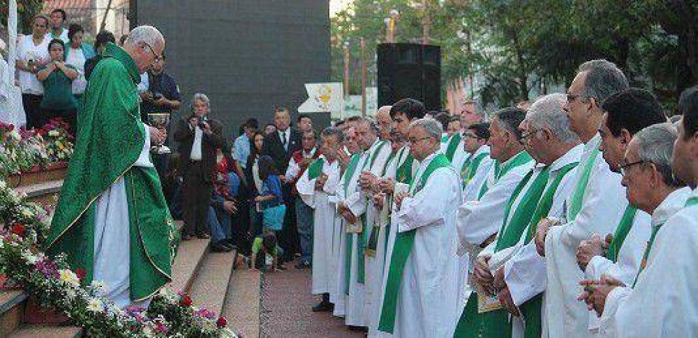 """Nuevo Obispo de San Lorenzo: """"Me decían, vas a volver a tu casa"""""""