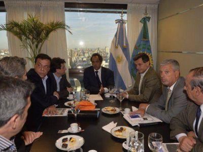 Sánchez e intendentes vecinalistas se reunieron con Daniel Scioli