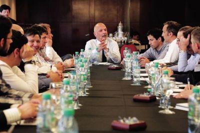 Petróleo: nueva reunión con operadoras por la situación en la Cuenca
