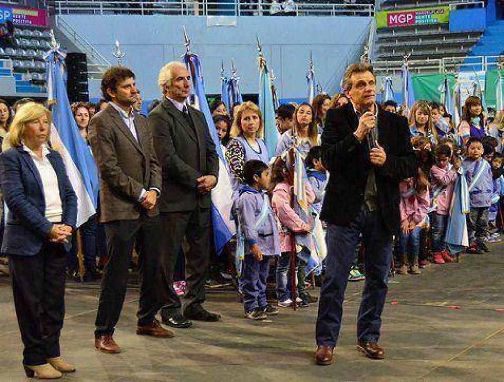 """Pulti festejó los 50 años de educación municipal: """"Este sistema educativo glorioso tiene un norte"""""""