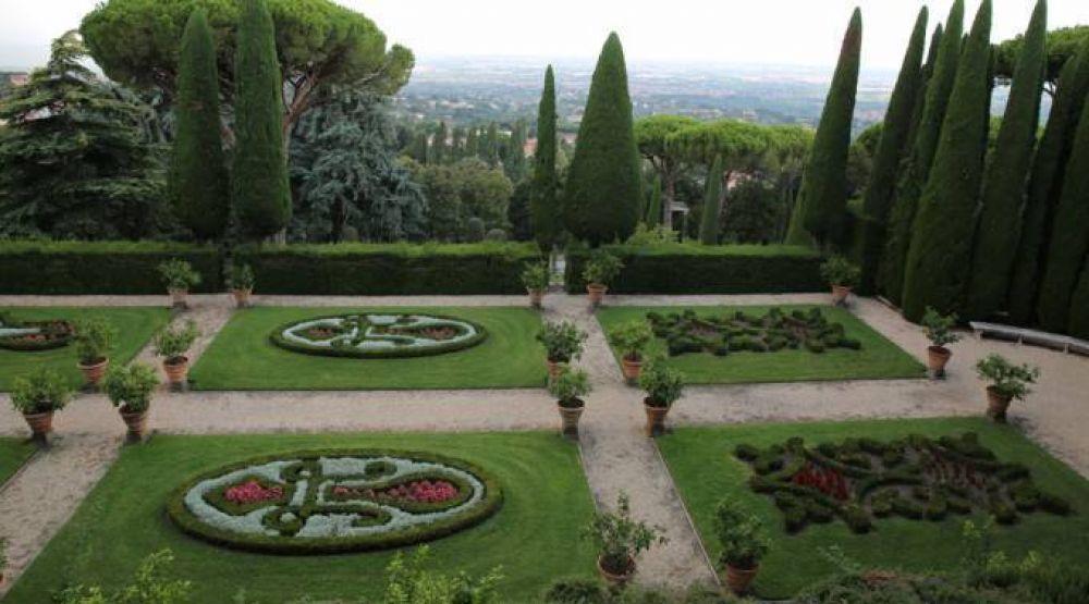 El regalo del Papa al público: abre a las visitas la residencia de verano y un nuevo museo
