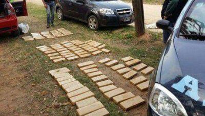 La Policía Federal secuestró 105 panes de marihuana cerca de Bella Vista