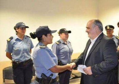 El Gobierno provincial suma el blanqueo de $500 para policías y penitenciarios