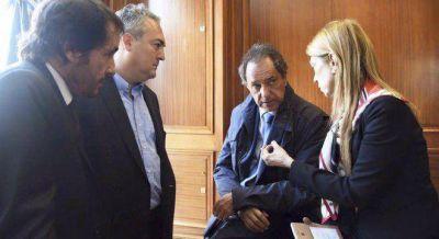 Tensión en la campaña de Scioli por el impacto del Niño en plena elección