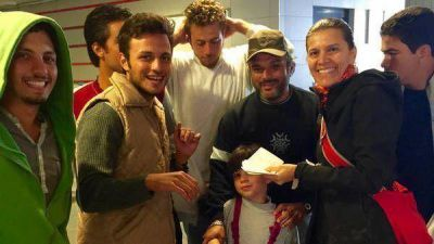 Una ayuda solidaria argentina para los refugiados sirios en Hungría