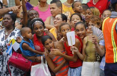 Francisco a los jóvenes: «no nos encerremos en los conventillos de las ideologías»