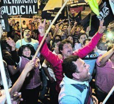 La Corte revoca un fallo, avala los comicios y ordena a la Junta que proclame a Manzur