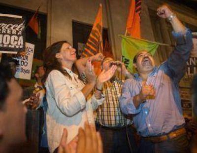 Hubo cantos y festejos en la plaza cuando se conoció la sentencia del tribunal provincial
