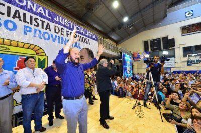 Insfrán proclamado candidato a gobernador