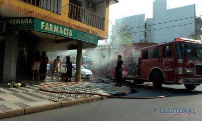 Barrio Camb� Cu�: voraz incendio en una farmacia caus� grandes p�rdidas