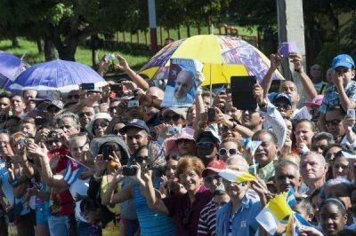 El Papa bendijo y dejó afuera la política