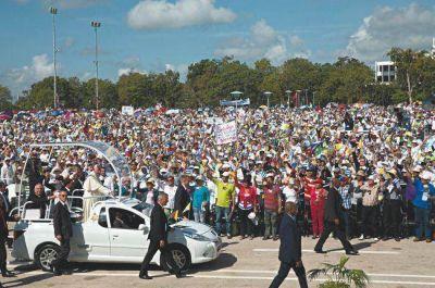 Francisco emocionó a los cubanos con una homilía pastoral