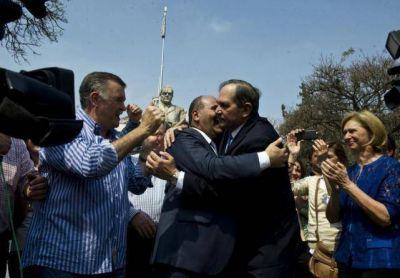 """¡Se hizo justicia!"", gritó Manzur en la plaza"