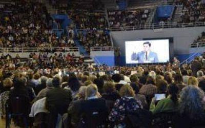 Mar del Plata: M�s de 10 mil personas en asambleas de testigos de Jehov�