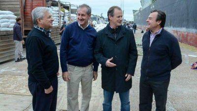 Bordet promete operatividad plena de los puertos entrerrianos